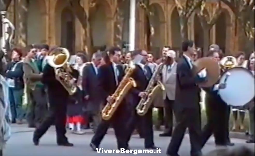 Processione di Pasqua Video 1992 Caravaggio