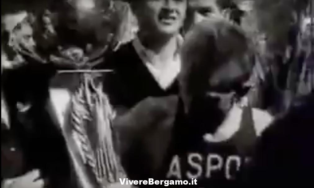 Vittore Lazzarini vince a Leffe il Trofeo Luciano Bosio Video del 1961