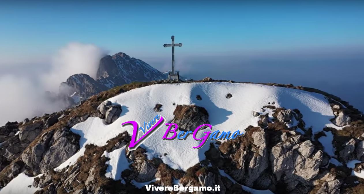 Alba sul Monte Alben e la Croce - Oltre il Colle